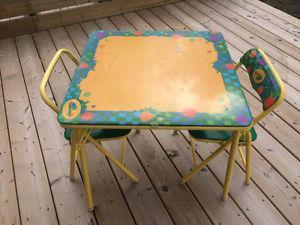 """Kids table L24"""" X W24"""" X H20"""",bit ripped on a top,2"""