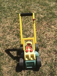 Toy John Deere lawn mower
