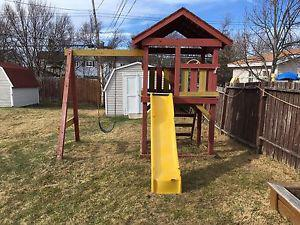 Treehouse and swing and slide Combo