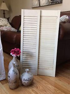 Vases and wood shutters