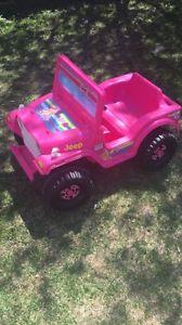 Fisher-Price Power Wheels Barbie Jeep
