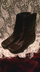 Hush Puppies brown leather boots