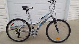 Ladies comfort hybrid bike