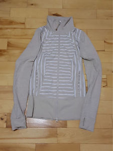 Lululemon Full Zip Sweater - Size 4