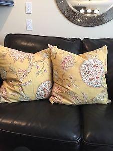 Pottery barn Pillow Shams & inserts
