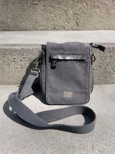Troop London grey satchel