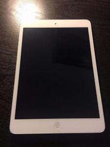 Apple iPAD Mini 16GB WiFi White Like new