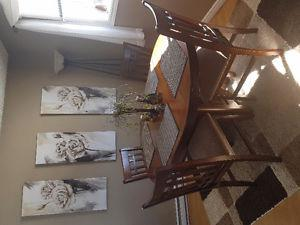 Beautiful table and chairs for sale
