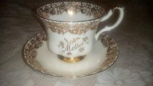 'Mother' gold and white china cup