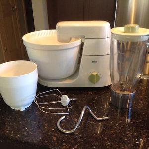 Vintage Braun bread machine/mixer/ blender