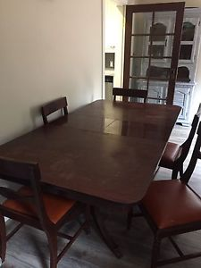 Wanted: Duncan phyfe dining table set