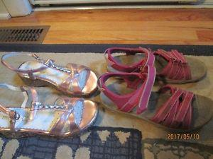 girls teva pink sandals size 3