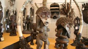 We offer fine antique Tabwa sculpture carved of many collections of wood FOR SALE