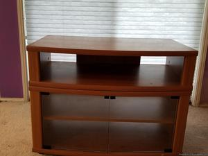 $10 TV Stand