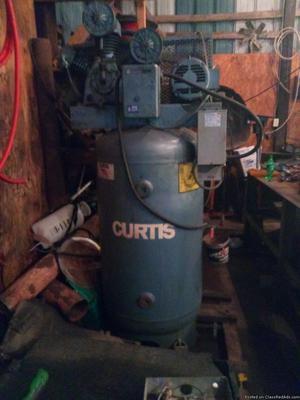 CURTIS 80 GALLON INDUSTRIAL AIR COMPRESSOR