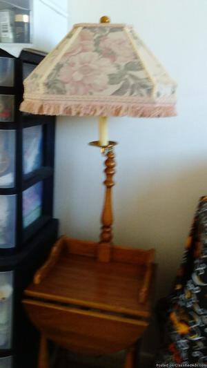 1 lamp w/wooden end table and black & white lamp shade