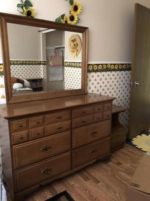 Bedroom Set (Full Size)