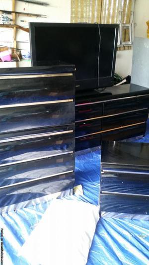 4 piece Asley bedroom set