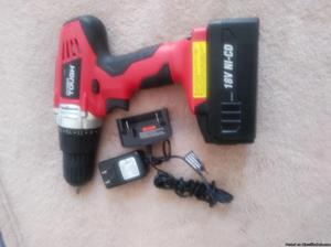 Hypertough18v cordless drill w charger and bits