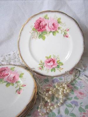 "ROYAL ALBERT ""American Beauty"" China Tea Set"