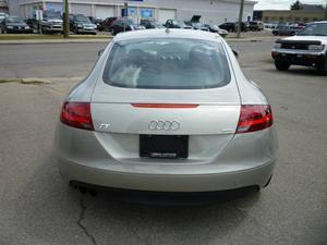 Audi TT 2.0T QUATTRO (S tronic)