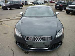 Audi TTS 2.0T (S tronic)