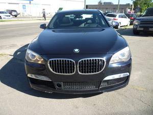 BMW 750 i xDrive NAVI/HEADS UP/ BACK UP CAM/M SPORT