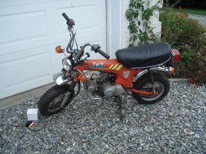 Honda mini trail CT70 plaquée, fonctionne A1