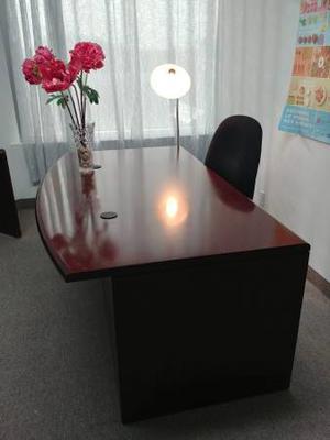 Élégant bureau de travail - Elegant work desk