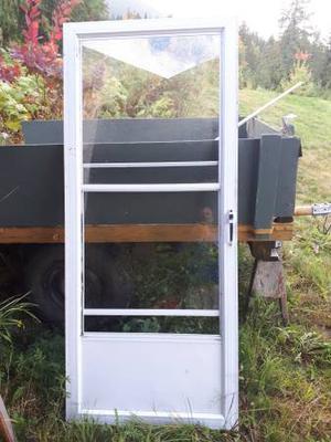Aluminum frame exterior door with screen