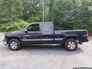 Chevrolet Silverado  Black