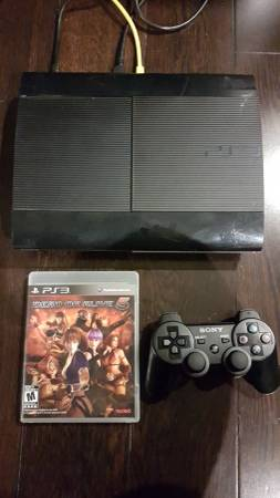 PS3 superslim 500 GB with 4 games