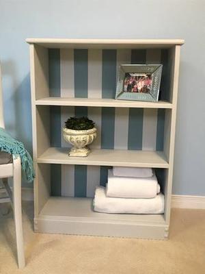 Bookcase/open- faced cupboard (Vint
