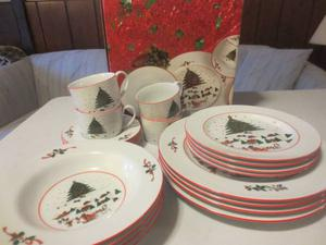 CHRISTMAS CHINA DINNER SETS & CRYSTAL TRAY