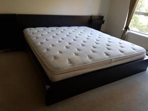 Simmons King size bed Mattress