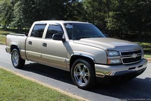 Chevrolet Silverado  Tan