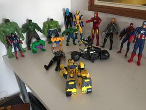17 SUPERHEROS, AVENGERS X MEN, SPIDER MAN, HULK, BATMAN