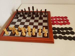 Beautiful Wooden Chess and Cherckers Set