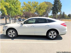 Honda Accord Crosstour White