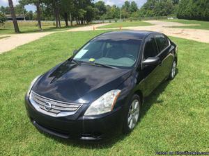 Nissan Altima S Black