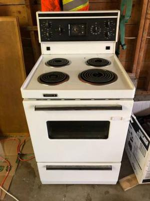 Apartment sized stove