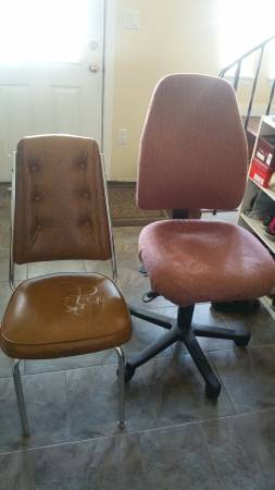 FREE: Comfortable office chair and dinning/kitchen chair