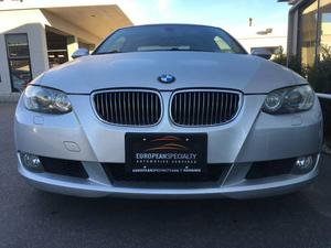 BMW 328i - ONLY  KMS!!!