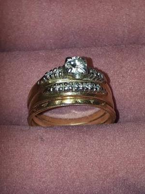 Woman's Engagement and Wedding ring set with 10 diamonds
