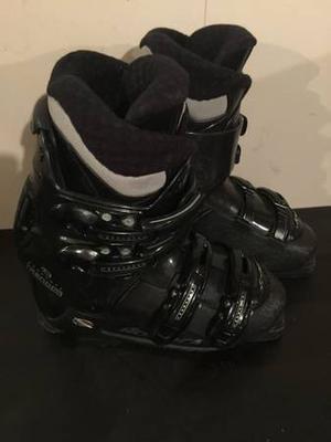 Nordica size Mondo 24, USA Size 6 Woman, Ski Boots