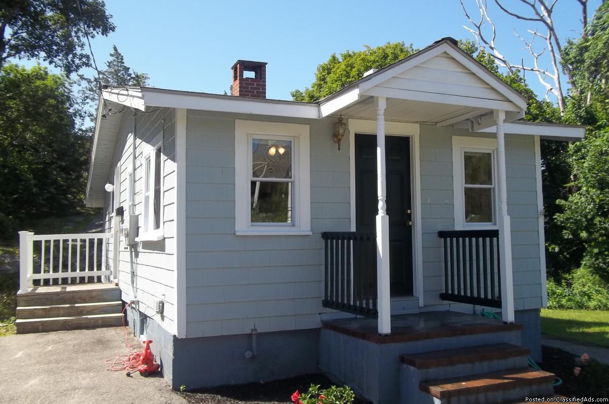 Hingham Single Family Home for RENT!