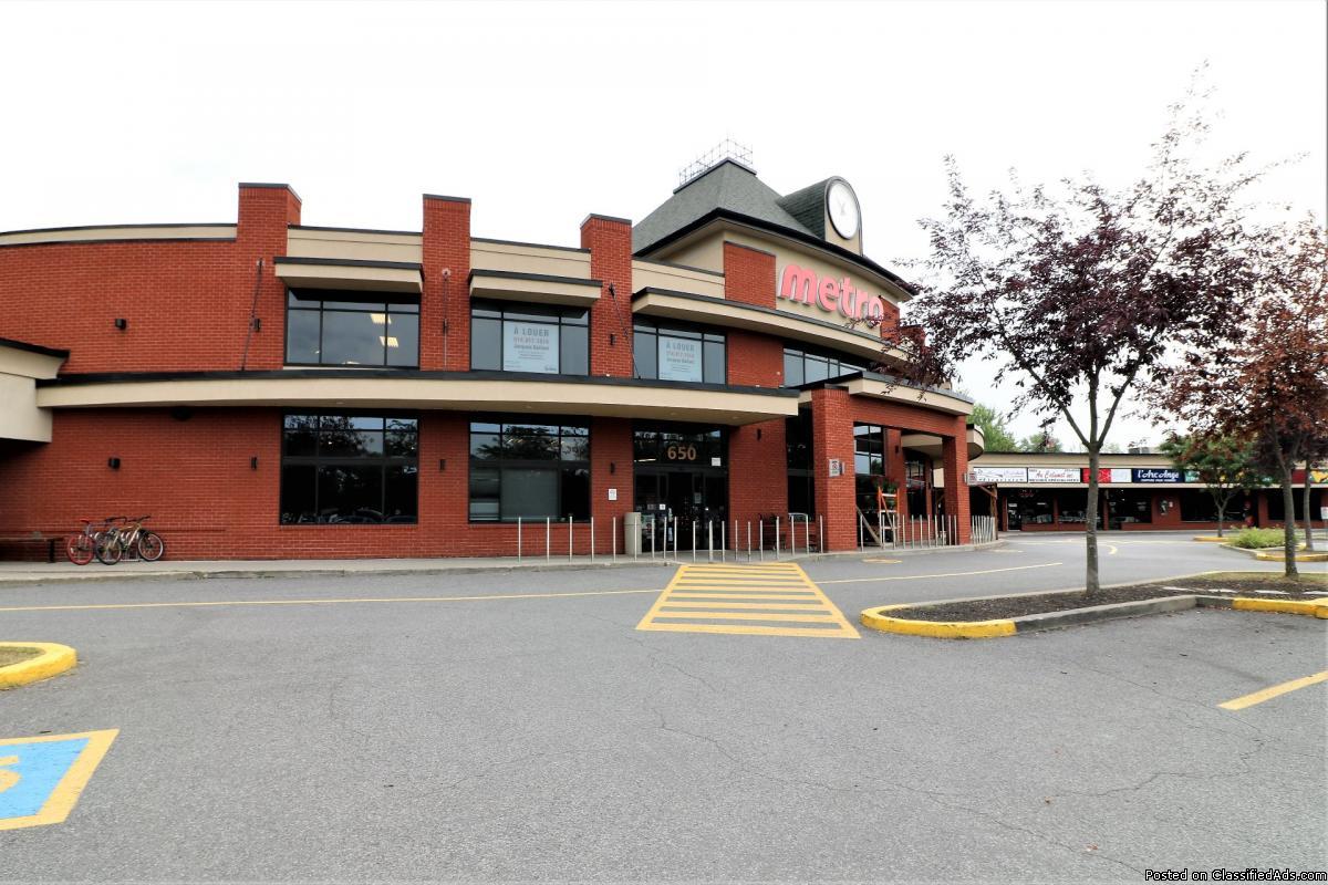 830 sqft office for rent Boucherville