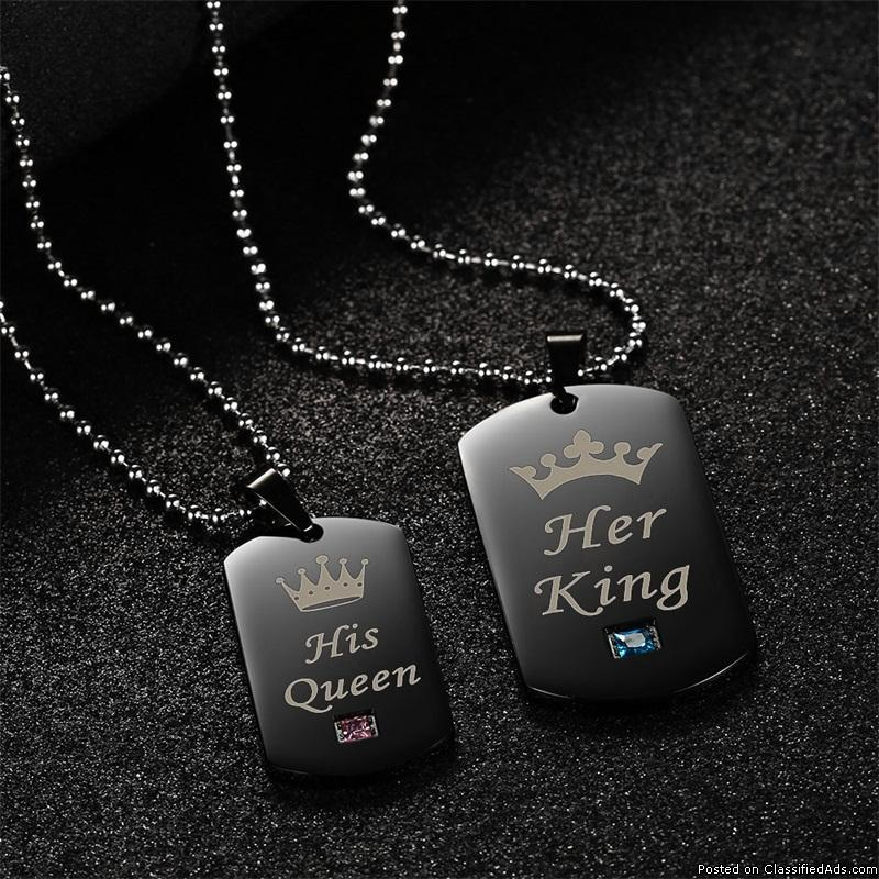 Buy King and Queen Couple Necklace Online