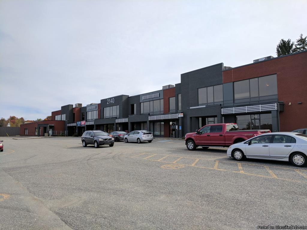 Commercial space for rent  to  sqft Fleurimont