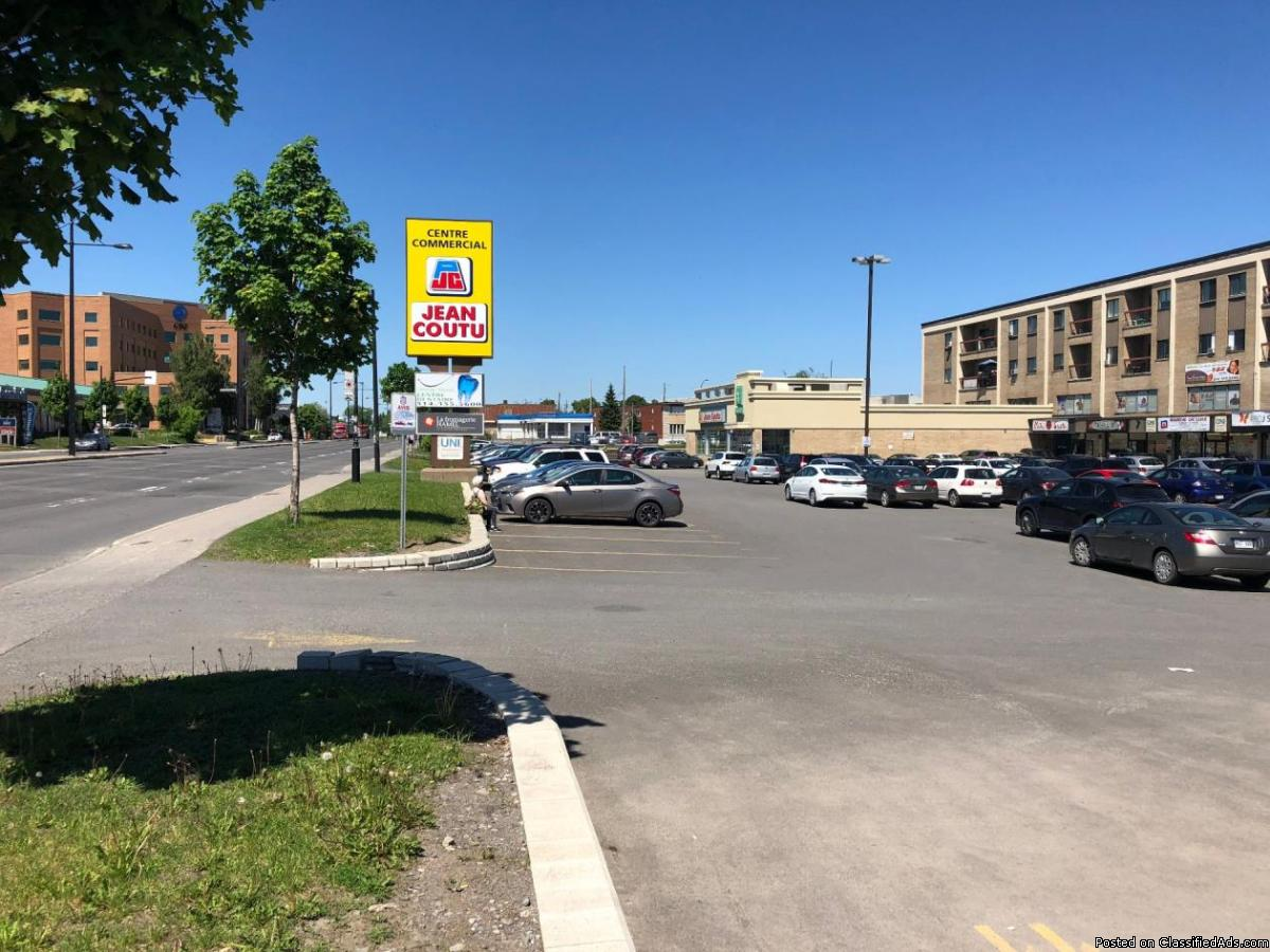Commercial space from 875 to  sqft Sherbrooke street